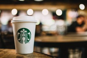 https://www.pexels.com/photo/close-up-photography-of-starbucks-disposable-cup-597933/